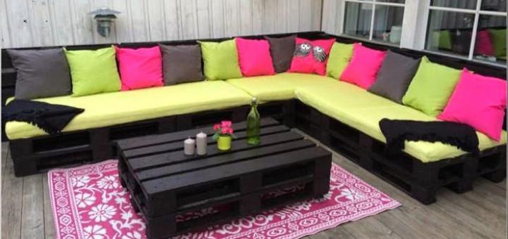 Divanetti da giardino usando i pallet sofas idee pallet for Divanetti giardino